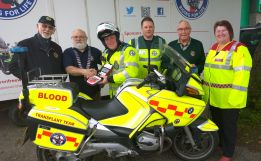 Lions & Freewheelers as DeFib hits the road