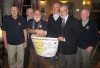 Presenting RLNI Teignmouth with £400